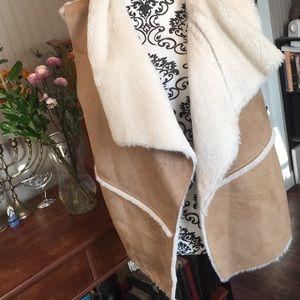 New Faux Fur lined vest XL